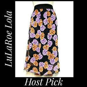 LuLaRoe Lola Skirt Black with Roses Size 2XL